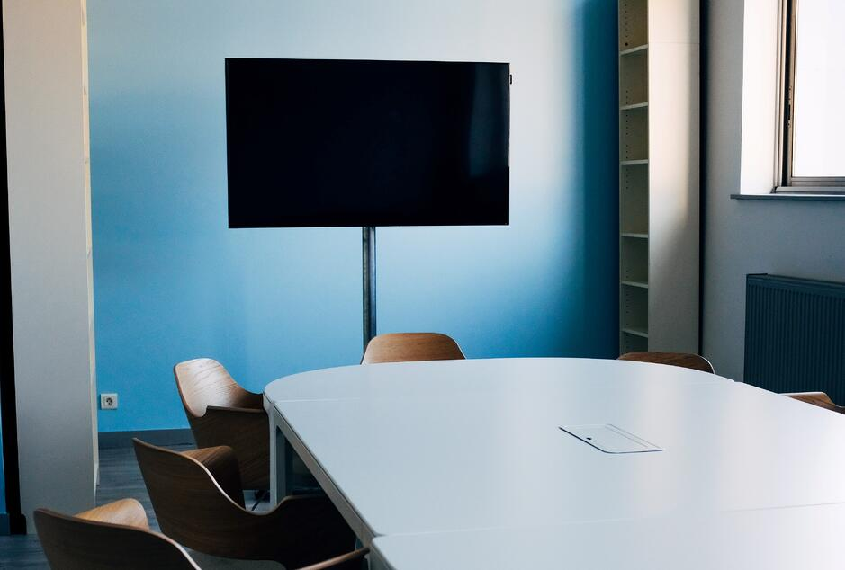 In-office speaker program conference room set-up | Global agency, BCD Meetings & Events