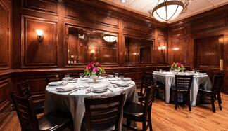 Maggiano's private dining room, options for pharmaceutical speaker programs | BCD Meetings & Events